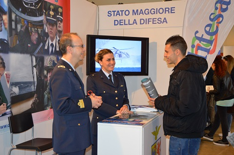 20150321_Salone dello Studente 2015_stand interforze Difesa (5)
